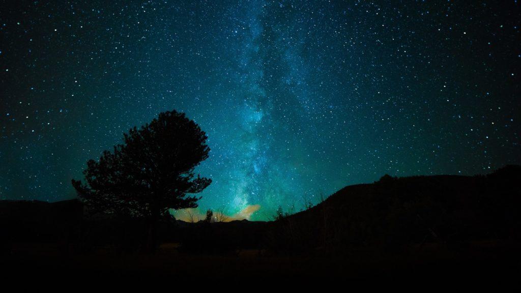 photo des étoiles voies lactées