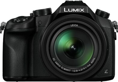 Lumix FZ1000 face